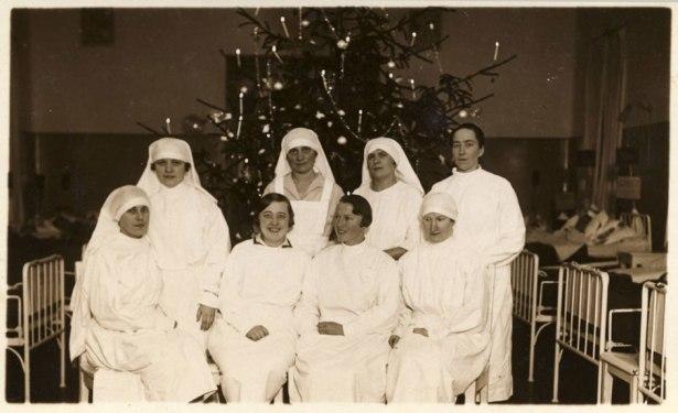 Enfermeras_Letonia